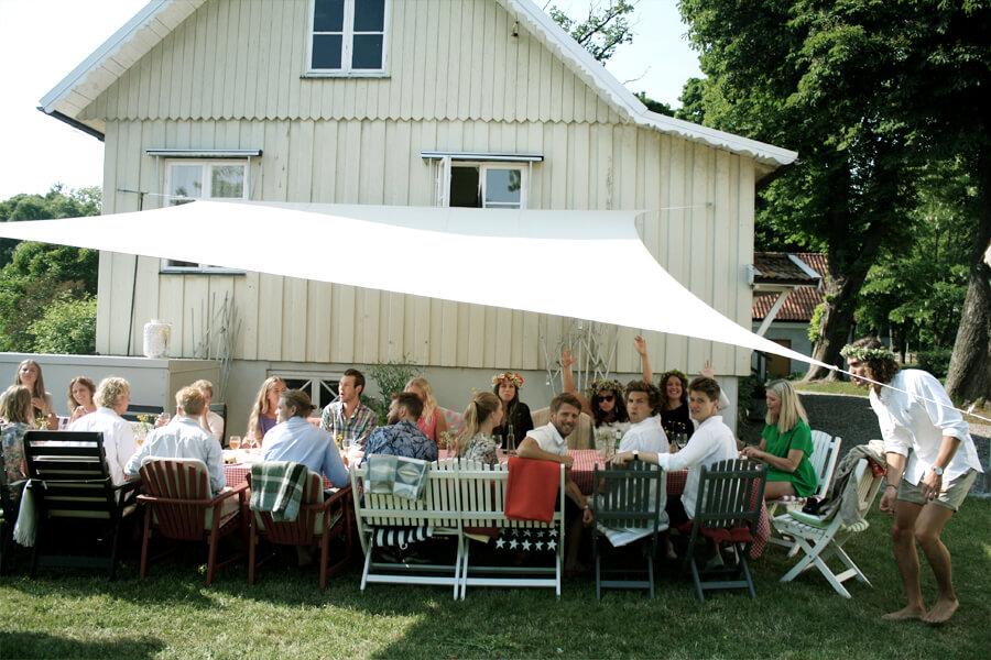 This is Swedish Midsummer - Kanal 5 Mode
